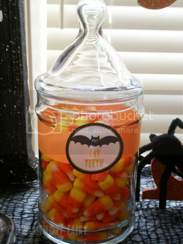 Bat Teeth (candy corn) image by The Memory Fairy © 2012