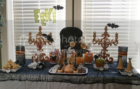 Bat-O-Ween Table image by The Memory Fairy ©2012